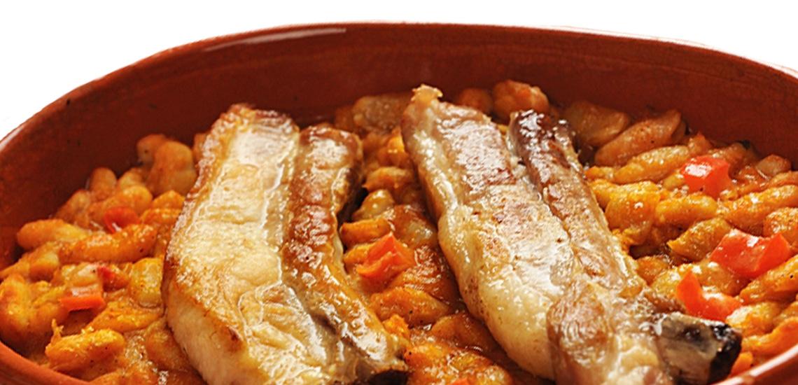 Costine di maiale con fagioli